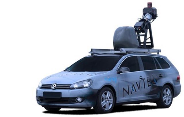 Spezial-Fahrzeug von NAVTEQ ausgestattet mit Panorama- und Multi-View-Kameras sowie Messeinheiten zur Geo-Positionierung. Quelle: Navteq
